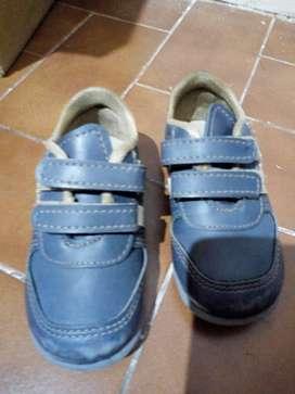 Zapatos cuero talle 19