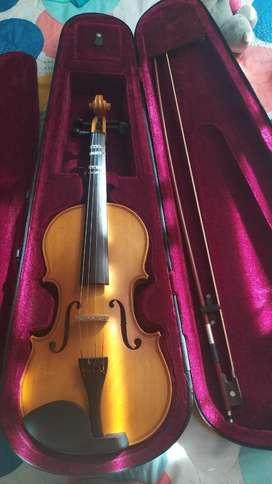 Violin en perfecto estado como nuevo