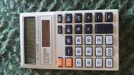 calculadora antigua de los años 60 Citizen SLD 737 10 Dígitos