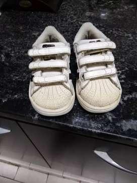 Zapatillas Adidas originales num 22