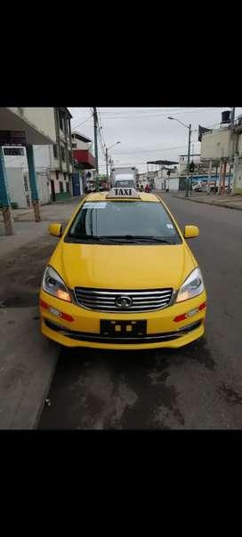 Vendo taxi con puesto en machala