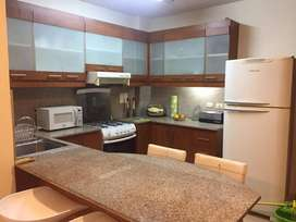 Alquiler de suite full amoblada en Kennedy Norte - servicios incluidos