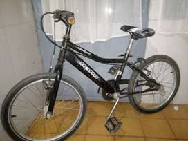Bicicleta niño en muy buen estado