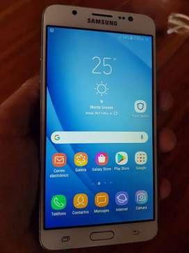 Samsung J7 2016 blanco liberado para cualquier compañia