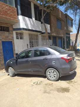 Vendo grand i10 sedan semi full