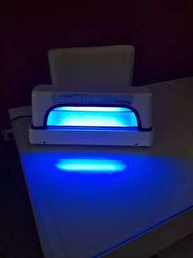 Vendo lámpara UV para esmaltados semipermanentes