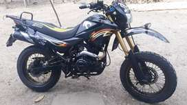 Moto tundra en buen estado