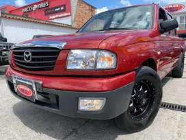 MAZDA B2200 IMPECABLE 2008