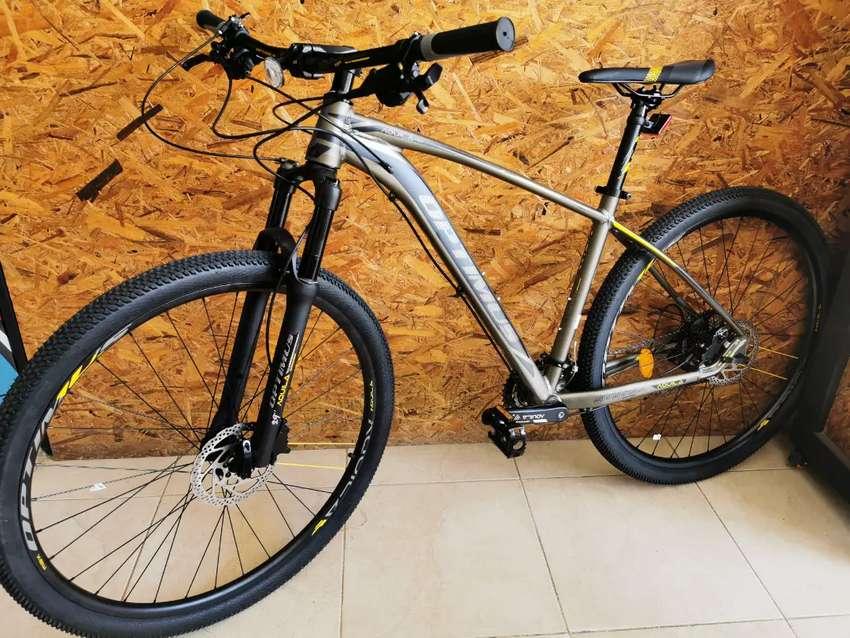 Bicicleta OPTIMUS 9 Velocidades hidráulica