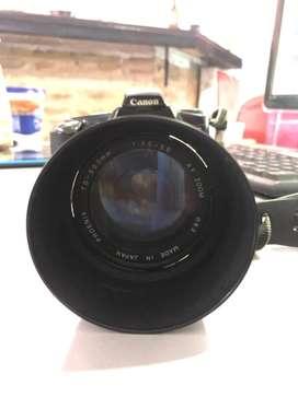 Camara analogica canon eos 3000 mas lente 70 300. CHARLABLE