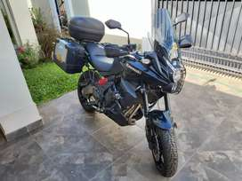 Kawasaki Versys 650 2014 totalmente equipada!!