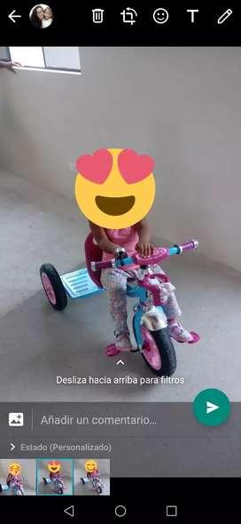 Triciclo baby Kids usado