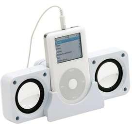 Parlante Con Soporte Para iPod - Cable Usb Y Salida De Audio