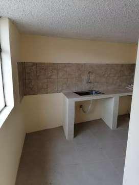 Arriendo habitación con baño y cocina