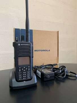 RADIO MOTOROLA VHF / UHF PORTATIL PROFESIONAL CON GPS DESDE $50