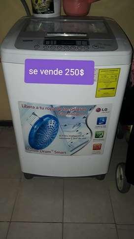 Venta de lavadora 1 año de usa perfecta condiciones
