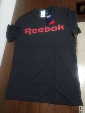 Reebok camiseta negro rojo