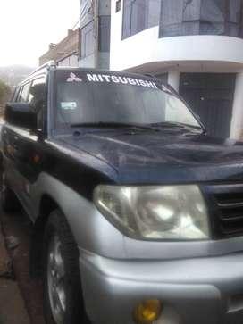 Se vende camioneta por ocasión !
