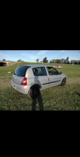 Vendo clio impecable