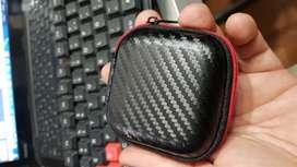 Audífonos QKZ con caja protectora