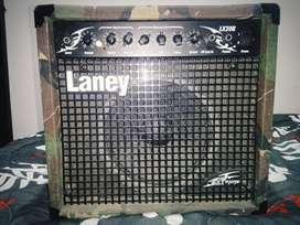 Amplificador de guitarra electrica LANEY LX20R CON REVERB EDICION LIMITADA MILITAR