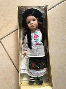Muñecas de porcelana (precio unitario)
