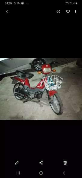 Vendo ciclomotor zanella muy buen estado