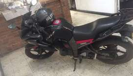 Se vende moto Yamaha Fazer 160, modelo 2011