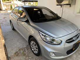 Se vende Hyundai accent i25