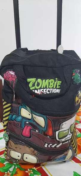 Vendo mochila Zombies Infeccion. Como nueva