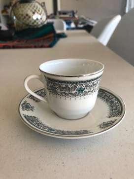Antiguo juego de pocillos de cafe
