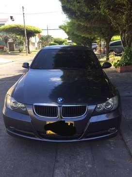Vendo BMW 320i