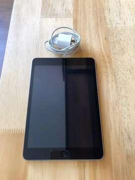 IPad mini modelo A1432 de 16 gb. Estado 10/10