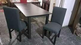 Mesas y sillas Will