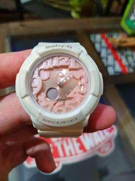 Reloj Casio Baby G Original para Mujer blanco con fondo rosado! Excelente precio!!!