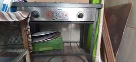 Cocina industrial de 3 hornillas a gas
