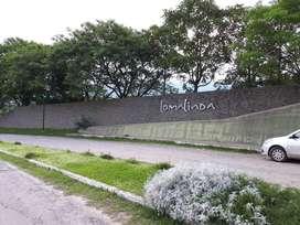 """IMPERDIBLE!! OPORTUNIDAD, LOTE ESQUINA DE 600 M2 EN LOMA LINDA """"CON ESCRITURA""""."""