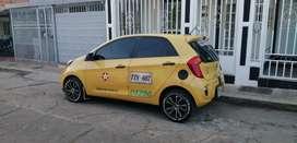 Busco conductor taxi que viva en la cumbre turno de noche con radio