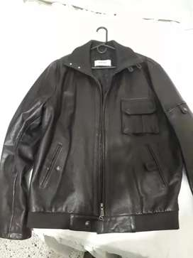 Vendo chaqueta Versace original