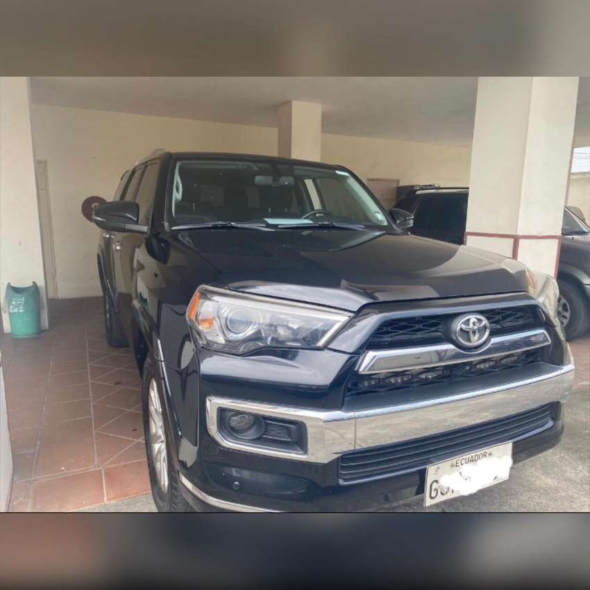 Flamante 4Runner limited 4x4 0