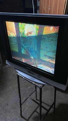 Vendo televisor SAMSUMG de 26'pulgadas