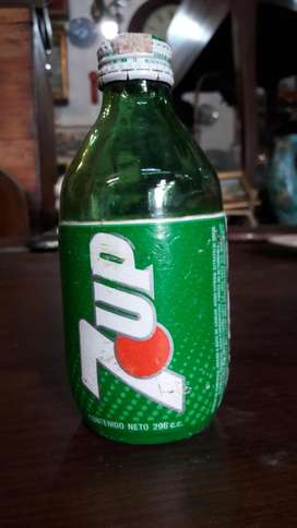 Rara Botella De Gaseosa 7up Extranjera 296cm3 #2281