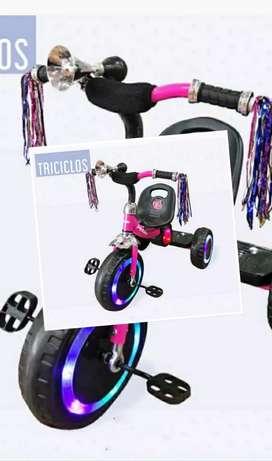 Triciclo de niños