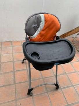 Asiento o silla de bebe para comer Infanti