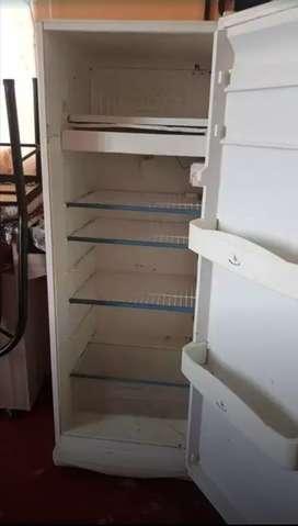Vendo refrigeradora como repuesto