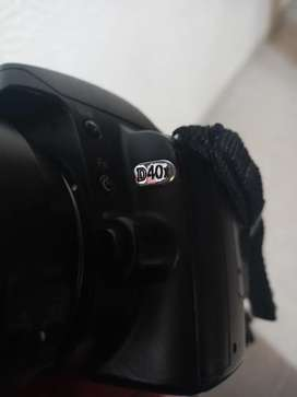 Vendo nikon d40x 10 megapíxeles y lente 18-135