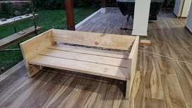 Silla en madera pino nueva