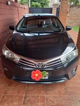 Vendo Permuto Toyota Corolla 2014 xei