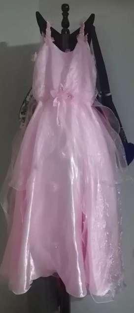Vendo Vestidos  para niñas