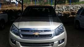Chevrolet D-max full Ls año 2014 color dorado
